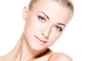 Qué es el acné cosmético?
